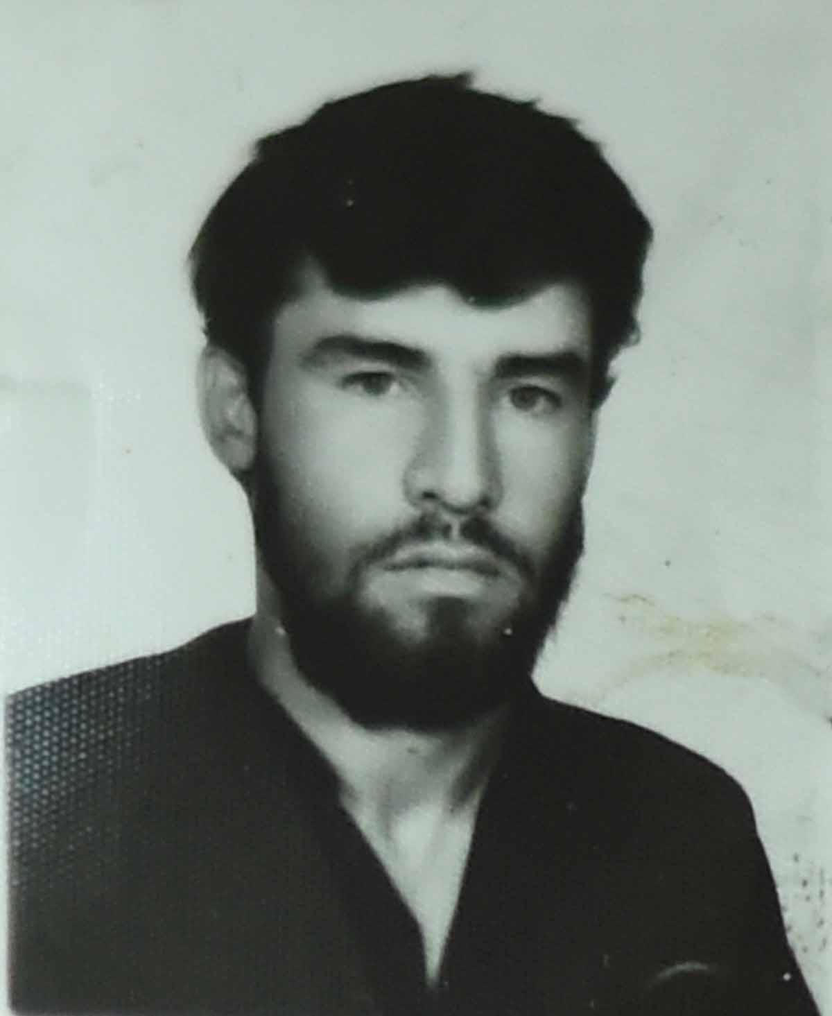 Retrato de Shah Marai durante la época del gobierno talibán, cuando la barba era obligatoria en los hombres