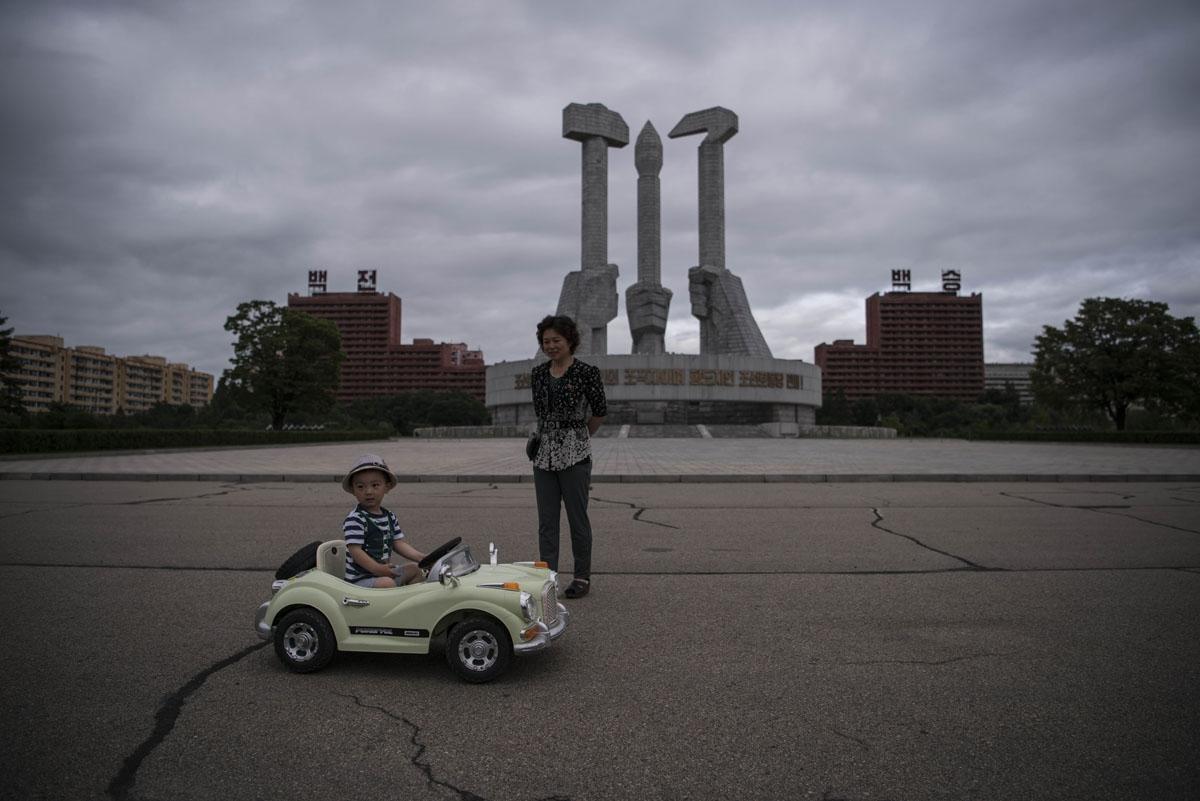 Child Electric Car >> Ouvrir un bureau à Pyongyang | Making-of