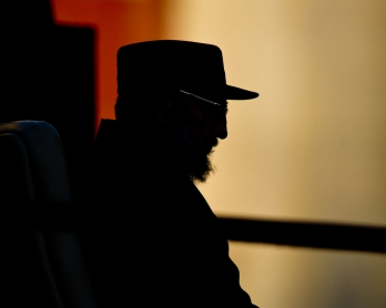 Cuban former President Fidel Castro gives a speech, on September 3, 2010, at Havana's University. Castro talked to the students about the possibility of a nuclear war.      AFP PHOTO/Adalberto ROQUE / AFP PHOTO / ADALBERTO ROQUE